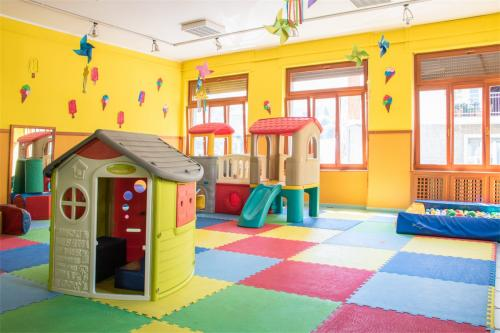 Asilo infantile Pont-Saint-Martin giochi